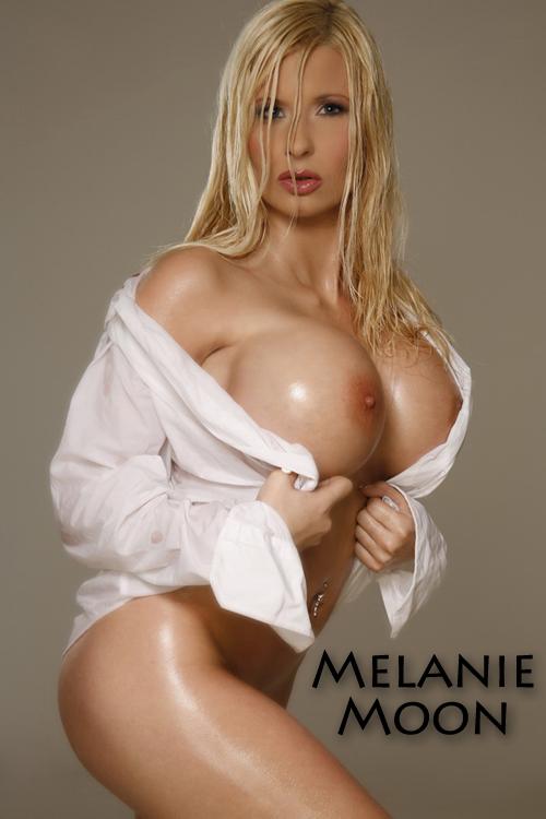 Diese riesigen Titten wird man nie wieder vergessen, Melanie Moon
